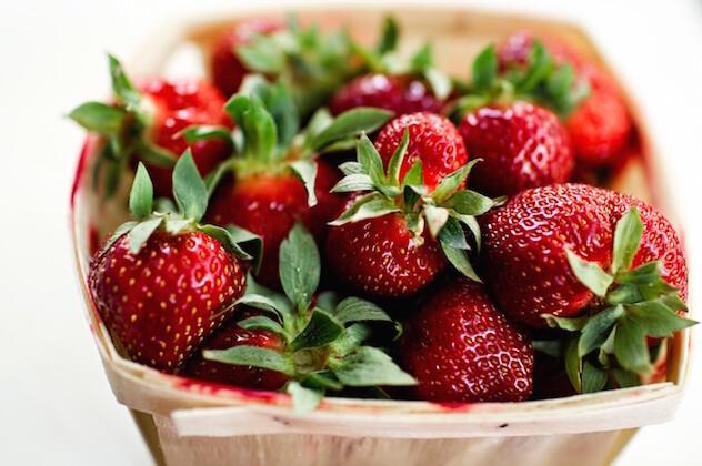 fraises et vin